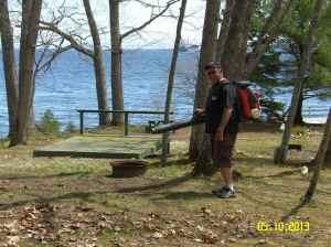 Steve Hoage...master leaf blower!