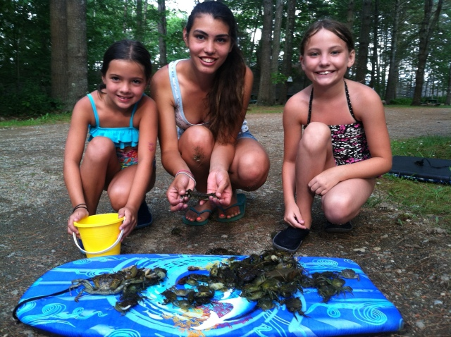 Stephanie and two champion crab hunters